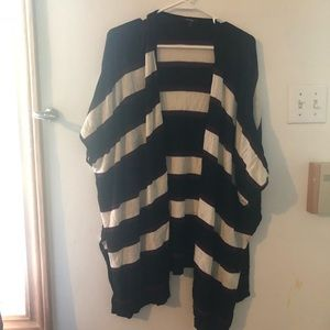 Sweaters - Lightweight cardigan